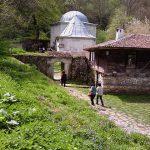 1 May 2011 Demir Baba teke 022