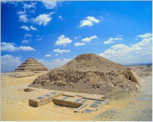 Посвещаване в пирамидата