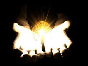 Ние сме създания на светлината